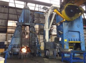 Aubert & Duval can manufacture forgings by hammer or drop forging